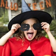 Save Money (& the environment!) with Second-hand Costumes this Halloween